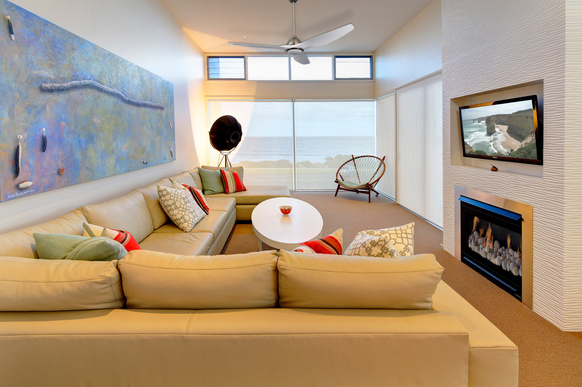 64 inch living room <a href=http://www.ledfanlight.com/en/product.html target='_blank'>ceiling fans</a>